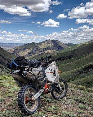Mountains and motos for Monday..
