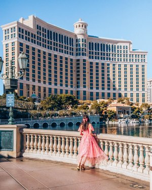 The Bellagio 🥰  Ever since I have seen the bellagio on TV and movies, I wanted to stay here. We checked in yesterday and I am already obsessed with what the hotel has to offer. There are so many things that you can do here and the restaurant options are endless. We can even enjoy the Fountain Show from our room 🤩 isn't that incredible?   📍 Bellagio, Vegas bellagio mgmresortsintl #mgmambassador {PR stay}  #vegas #vegasstrip #vegaslife #bellagiolasvegas #onlyinvegas #lasvegas #lasvegasstrip #lasvegasnevada #nevada #nevadadesert