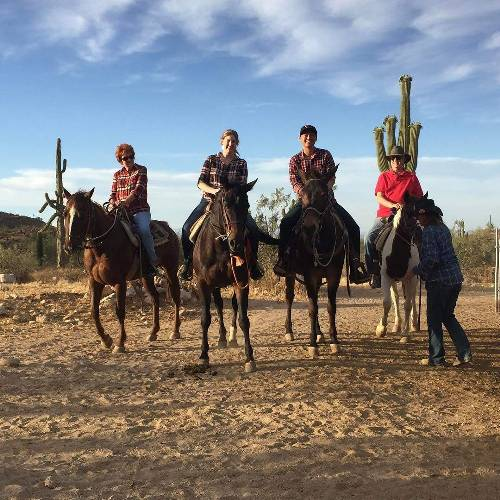 Cowboys and cowgirls. What a fun trip! Being a professional cowboy is not easy at all #horsebackriding #arizona @taojessy