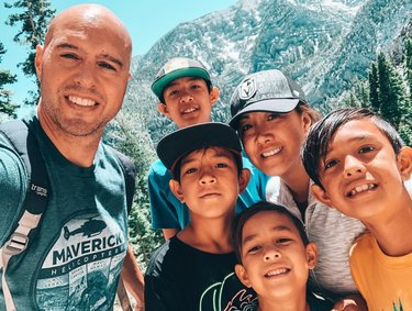 Today was a day for outdoor adventures...some nature therapy. We hike Mary Jane Falls in Mt. Charleston. Perfect weather. #hikingadventures #hiking #familyadventures #nevada #travelnevada #optoutside