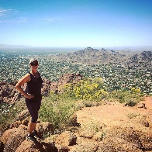 Top of Camelback ? #scenesfrommyhike #arizona #camelbackmountain