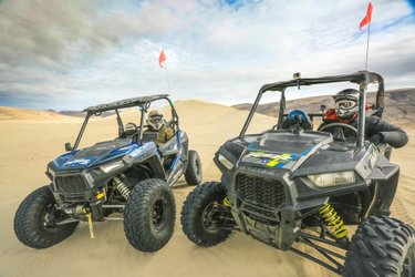 There are many ways to enjoy our public lands, including some four-wheeling fun! This week on #RockThePark, ColtonDSmith & jackfsteward make a stop at #Nevada's Sand Mountain Recreation Area while counting down their top 10 great rides!