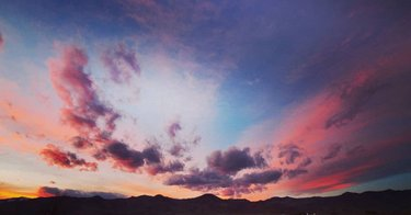 Friday skies were spectacular  * #cloudscape #sunsettime #timelapsevideo #timelapseart #nevadamountains #nevada
