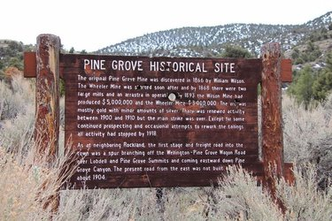 Spent the day hiking and geocaching at Pine Grove ghost town, just south of Yerington. Pretty cool place, even with all the people up there with us. #nevada #ghosttown #miningdistrict #pinegrove #historicalsite #mynevada #ruins #stampmill #oldbuildings #optoutside #goexplore #explorenevada #nevadabackroads