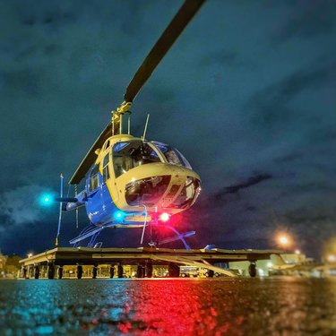 One thing is for sure... The Las Vegas strip tour at night is never disappointing... book your tour now, link in our profile bio! . . 📸 by pilotricksa . . #wonderfull_places #bestvacations #travel #bucketlist #helicopter #lasvegas #vegas #arizona #adventure #wildwesthelicopters #letsfly #aviationgeek #aviation #landscape #exploretheworld #helicoptertour #sevennaturalwonders #instavegas #instatravel #TravelNevada  #TravelArizona #Lvcva #lasvegasstriptour #lasvegasstrip #helicopterstriptour