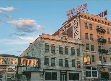 #FlashbackFriday: The #SpiritOfTravel takes us to a place known for its wandering spirits: mizpahhotel in tonopahnevada, voted the #1 most Haunted Hotel in the U.S. two years in a row! 👻👻 #NTTW20 (📷: Mizpah Hotel)
