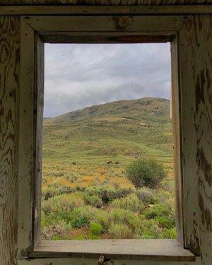 Framed #remoteleigh #travelnevada