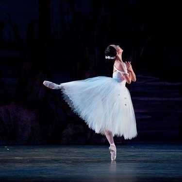 Giselle performed by @sierranevadaballet is a show you don't want to miss!  . The famous classic Giselle is the bittersweet story of love and death that has moved audiences of all ages in every corner of the world. 🩰 . July 17th at Rancho San Rafael! Get your tickets at link in bio!