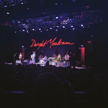 Dwight tonight! ❤️🎸🤠 @dwightyoakam