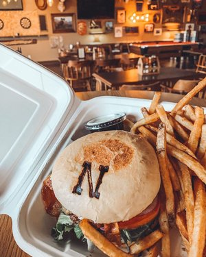 #HomeMeansNevada —— Make sure to tag us in your pictures & use the hashtag #BighornTavern. 👌🏽👌🏽👌🏽 Thank you all so much for your support. 🍔🍔🍔