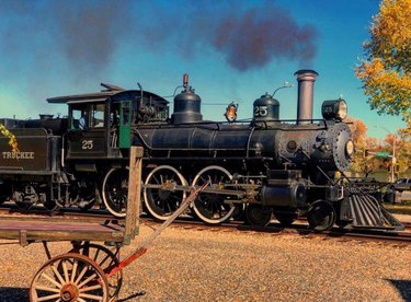 The vtrailroad railroad chugs around Fridays, Saturdays and Sundays. Grab your tickets at the Visitors Center.  [ 📸: pretty_in_paint13]  #virginiacity #onlyinvc #visitvirginiacity #virginiacitynv #stepbackintime #travelnevada #comstock #history #nevada #renotahoe #travel #historictown #renotahoeusa #miningtown #boomtown #oldwest #vtrailroad #virginiatruckee #vtrailway #virginiatruckeerailroad #train #historictrain #trains #railway #railroad #rail  #railfan #trainstation #trainstagram #rails