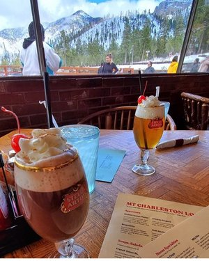 Looking for reasons to escape Monday work. Head to mtcharlestonlodgelv with a friend and enjoy some nice drinks with an amazing view, possibly head for a hike after?  #doyouevenvegas #explorenevada #visitlasvegas 📸: mtcharlestonlodgelv