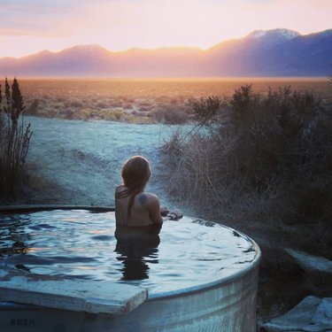 ⁠ ⁠flownectar⁠ •⁠ ⁠ All I wanna do is hot spring around in the middle of nowhere Nevada while chasing sunsets and catching the sunrise 🌞⁠ °⁠ °⁠ °⁠ #hotspring #nvhotsprings #hottonevada #travelnevada #getyoursoakon #mountainviews #middleofnowhere #exploreeverything #adventures #goexplore #getoutstayout #exploremore #getoutside #natureaddict #qualitytime #adventures #welivetoexplore #igtravel