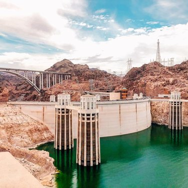 """DAM! 😂 😆   This weekend went so fast!  So glad it's a short holiday week.  We visited the Hoover Dam the last time we were in Vegas. 🎲   What are your favorite small day trips from a bigger city/more well known destination?   Tell me below so I can add them to my """"to-do"""" list."""