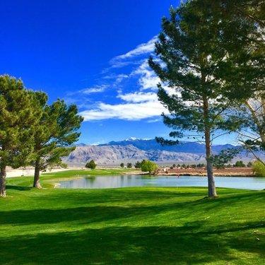 Over the Hump in Pahrump (📸: @mjbshaw) #NevadaGolf #MountainFalls . . . . . . . . . . . #Golf #GolfLife #VegasGolf #LasVegasGolf #Vegas #VegasBaby #VegasStrip #LasVegas #TheGolfstagram #GolfAddict #GolfCourses #WhyILoveThisGame #GolfGram #HomeMeansNevada #TravelNevada #OnlyInNV #Golfing #Parnography #PlayOrPerish #DesertGolf #GolfWRX #MyNevada  #GetOutAndWalk #PGATour #Pahrump #PahrumpNevada