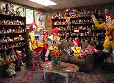 ¿Ya conoces #TheClownMotel? Un aventura escalofriante y sensacional para los amantes del terror, este motel se encuentra en Tonopah y es considerado como el
