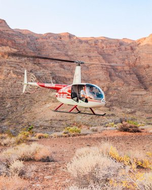 That feeling you get when you're about to take off on a new adventure. 🤩🚁 SWIPE!  Book your tour today! It's only $50 to fly with the doors off! You won't want miss out on this once in a lifetime experience.   Call 702-382-8687 to book! ☎️  #travelnevada #skylinehelicoptertours #helicopter #helicopters #helicopterride #helicopterpilot #tour #travel #travelphotography #aerial #aerialphotography #landscape #landscapephotography #drone #dronestagram #3d #vegas #lasvegas #businessowner #entrepreneur #vegasstrip #lasvegasstrip