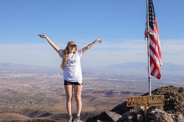 Happy Memorial Day!!! 🇺🇸 I hope everyone has a fun and safe day! I'm heading out to Sedona, Arizona today to car camp for a week 🏜 - I spent my Memorial Day Weekend hiking A LOT! I started this hike at 4:30am and watched the sun rise over Las Vegas ☀️ In 4-5 hours I did 7.4 miles with 2,000ft of elevation gain! For me being out of shape from a month or two of not hiking, I'm happy to be jumping right back into it 💪 - What did you do this weekend? - Shirt from hive.and.lotus hive.and.lotus.apparel 🤍 ————— #happymemorialday #happyhiker #happyhiking #happyhikers #lasvegaslocals #lasvegashiking #hikenevada #hikelasvegas #hikinglasvegas #explorenevada #travelnevada #nevadadesert #mountainclimbing #mountainpeak #mountainsummit #blackmountain #blackmountaintrail #leavenotrace #hikinggirl #hikingwomen #hikinggirls #girlswhohike hikinggirls explore_nevada travelnevada