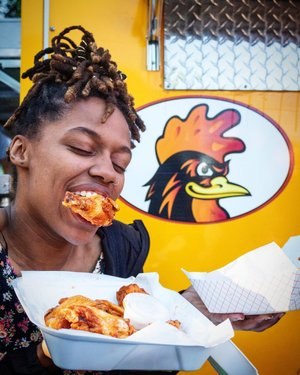Who else is gonna make this face @ the Biggest Little Chicken Wing Fest in the World 11a-9p July 5-6 (this Fri & Sat) in Downtown Reno? 🍗🍗🤩🇺🇸🙌 #reno #renowings #renowingfest #wingfest #renonevada #renonv #downtownreno #renoarch . 📸 @choicevisuals_ // Lee Creative