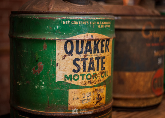 Antique Quaker State Oil Can