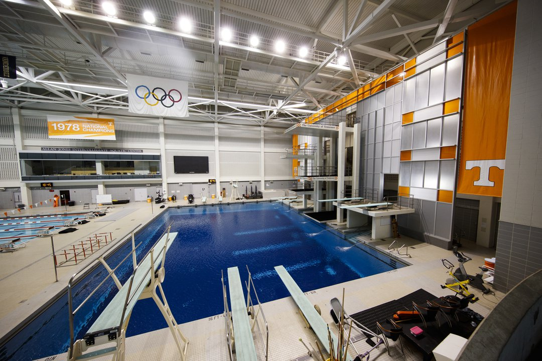 Allan Jones Intercollegiate Aquatic Center