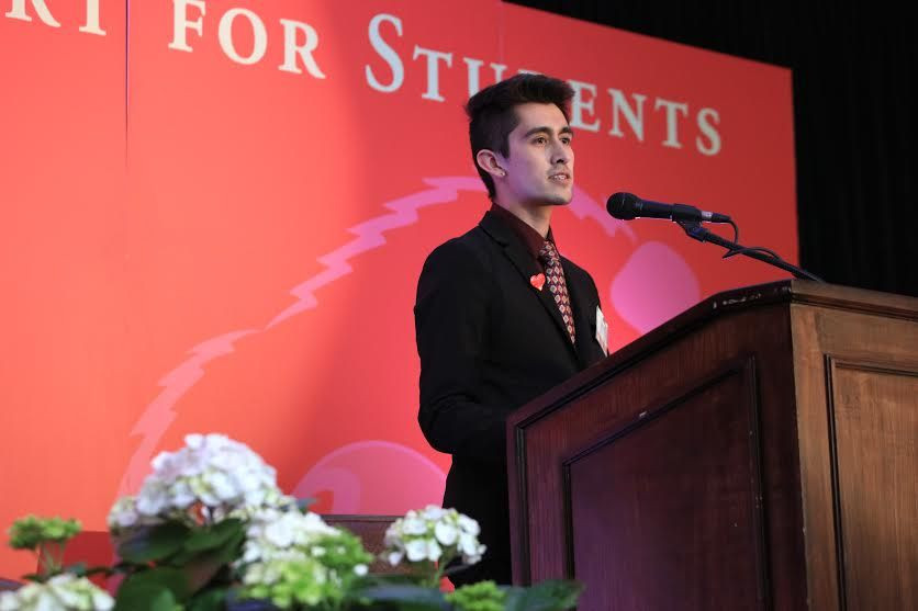 Robert Castro a UROC scholar presents at the Have a Heart Dinner