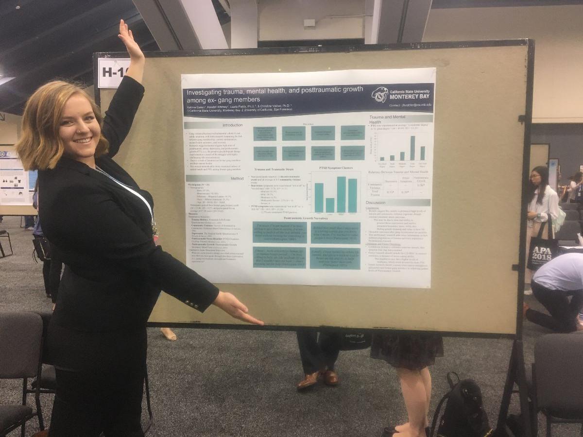 Katrina Conen presenting a poster