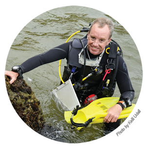 photo of Dr. James Lindholm in SCUBA gear