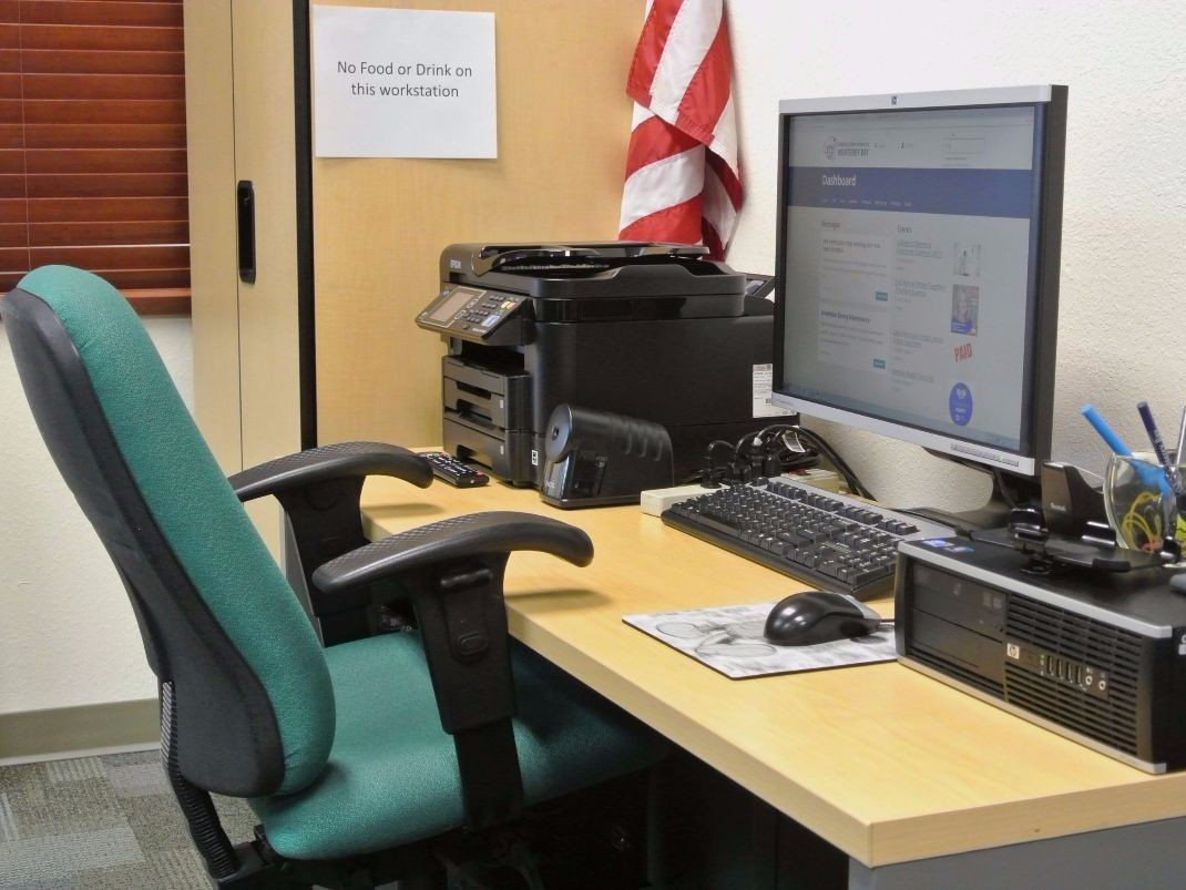 Veterans Resource Center workstation