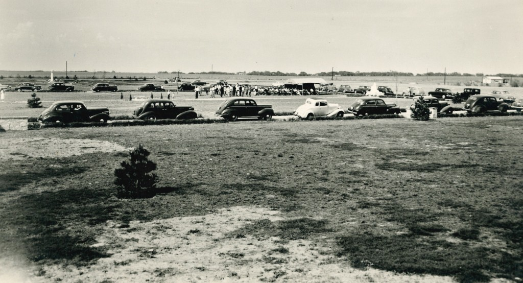Early  burial at Resthaven Circa 1950