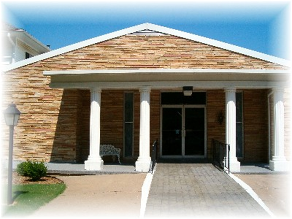 Carlson Colonial Funeral Home Exterior