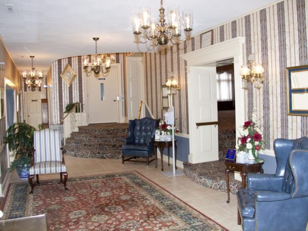 Steen Funeral Home Central Avenue Chapel Interior