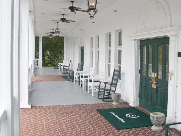 Steen Funeral Home 13th Street Chapel Entrance