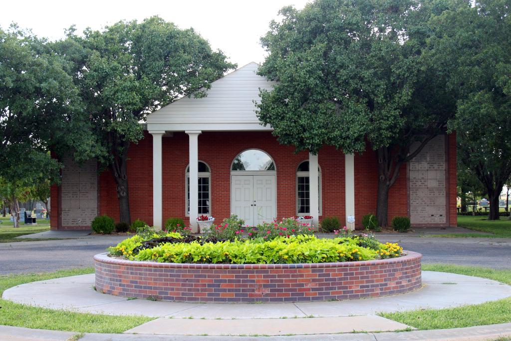 Tour Our Grounds | Memory Gardens Cemetery of Amarillo | Amarillo TX