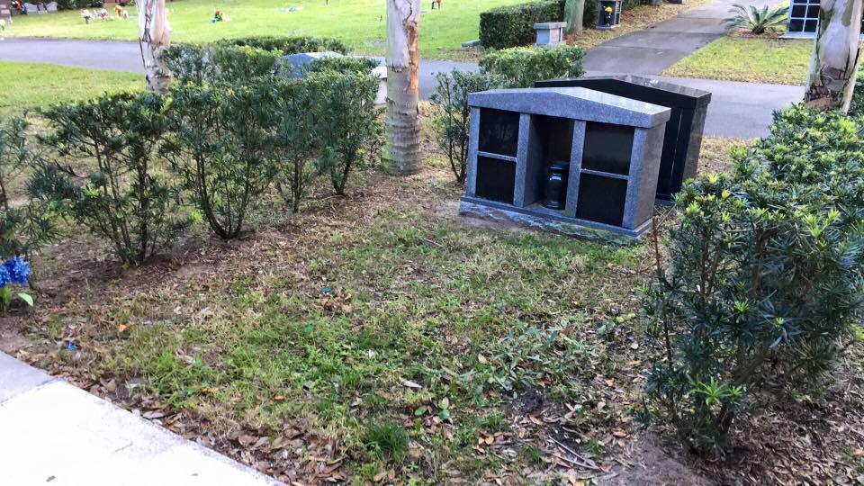 Great Oaklawn Memorial Gardens Grounds