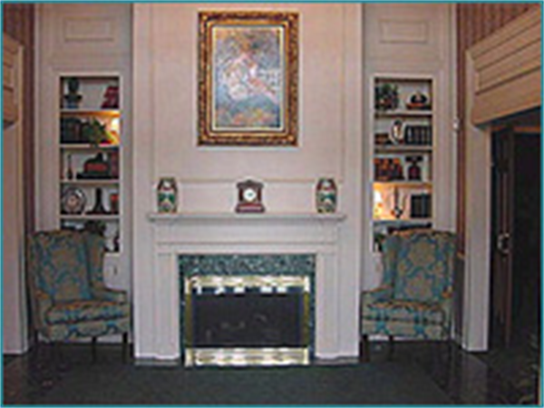 Dwayne R. Spence Funeral Home - Canal Winchester Location Interior