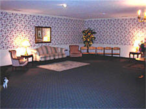 Maddux-Fuqua-Hinton Funeral Home - Hopkinsville Location Interior