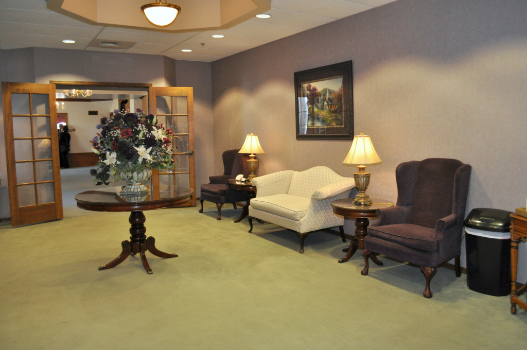 Alsip and Persons Funeral Chapel Interior