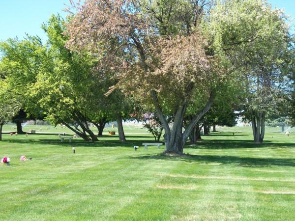 Hillcrest Memorial Gardens Grounds