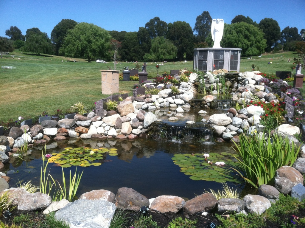 Rolling Hills Memorial Park Cremation Options