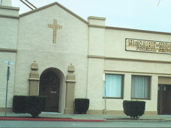 McNary-Moore Funeral Service Exterior