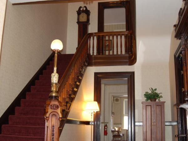 Lyons Funeral Home Interior
