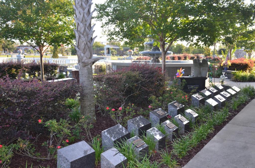 Love Cremation Garden Ground Features
