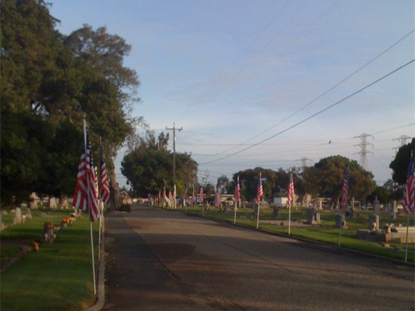 Oak View Memorial Park Cemetery Special Features and Programs