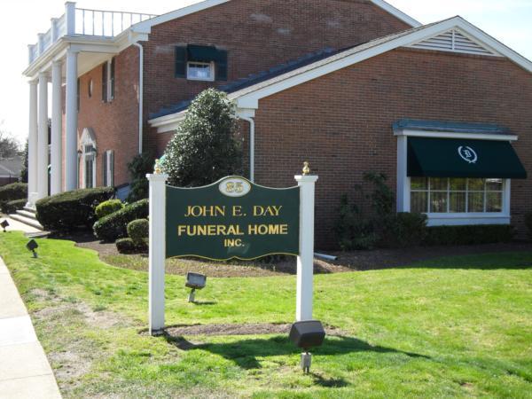 John E. Day Funeral Home Exterior