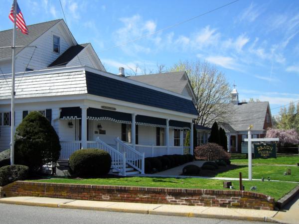 Braun Funeral Home Exterior