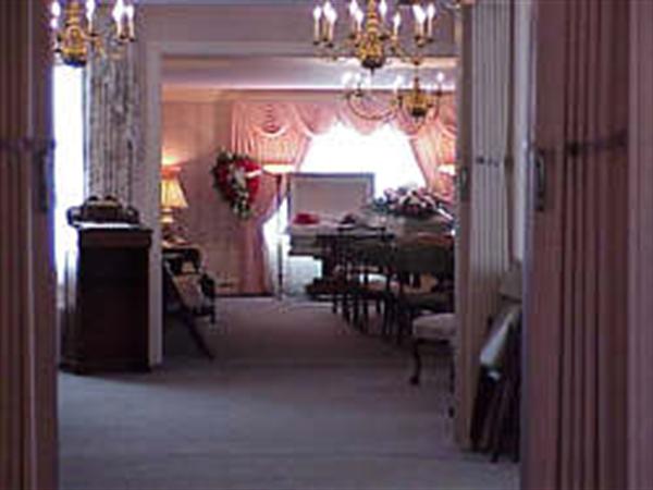 Braun Funeral Home Interior