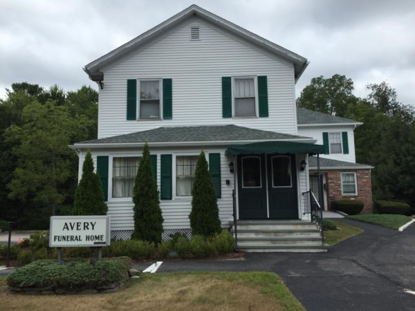 S.R. Avery Funeral Home Exterior