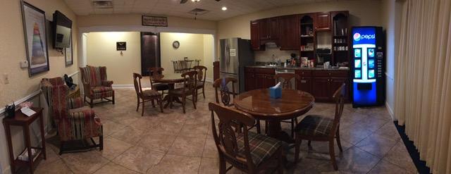 Family Coffee Lounge