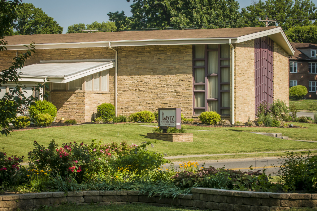 Lotz Funeral Home Exterior